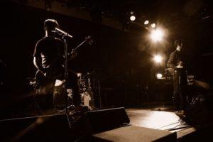 ギターボーカルの画像